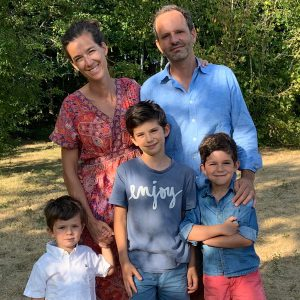 Immigrant family moving to Canada with children