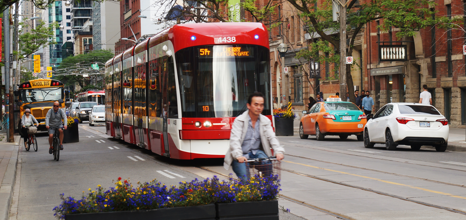Getting around: How to use public transportation in Toronto