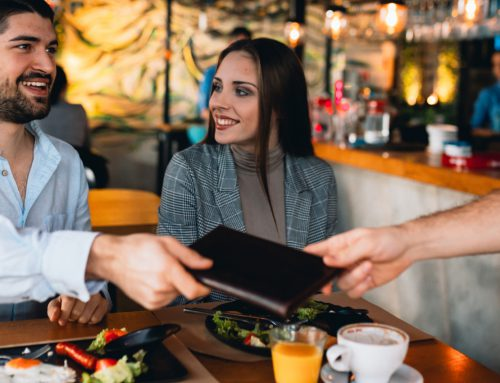 Tipping in Canada: Things to know as a newcomer